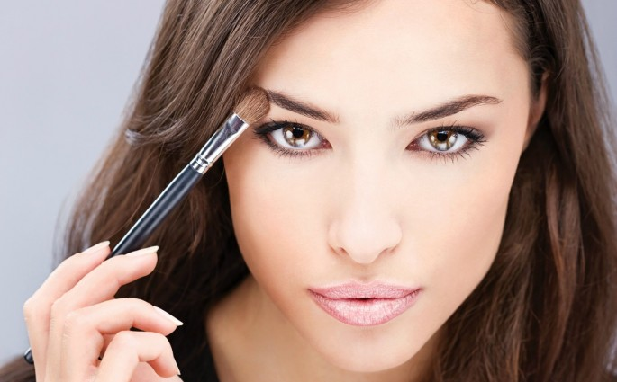Маскирующий макияж