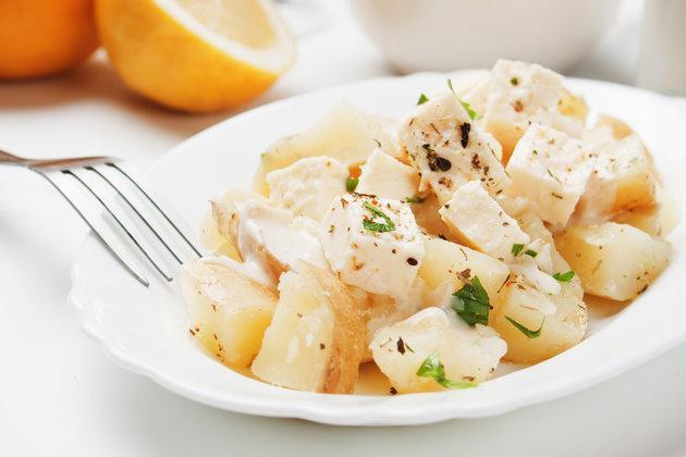 Салат из картофеля с сыром